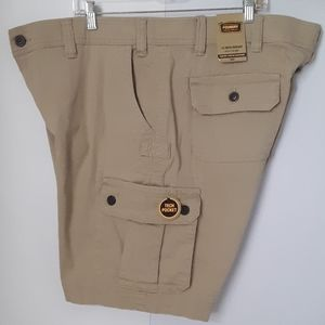 The Foundry | Men's British Khaki Cargo Shorts